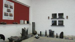 crematie urnen en grafstenen